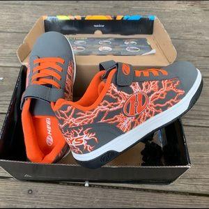 Heelys Orange & Gray size 3 ONLY WORN ONCE 🧡🧡🧡